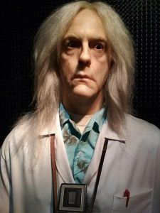 Dr. Emmett Brown (Christopher Lloyd) - Personagem do filme De Volta para o Futuro